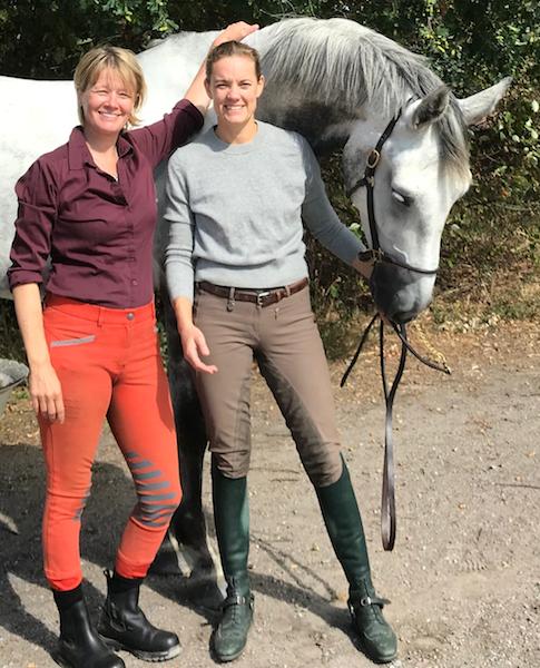 Jenny och Camilla med hästen Ior